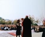 Sara Noris incontra papa Giovanni Paolo II durante la visita pastorale del 1981