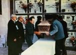 Un momento della traslazione della salma di Pierina Morosini dal piccolo cimitero di Fiobbio al convento delle suore di clausura di Alzano L.do