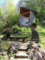 Cappella costruita sul luogo dove fu trovata Pierina dopo essere stata aggredita